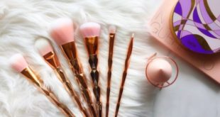 THE SECRET TO PICKING THE RIGHT MAKEUP BRUSH!